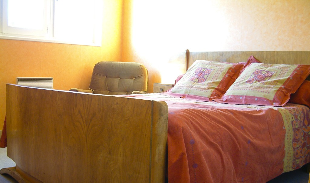 Studio E - 002 chambre orange
